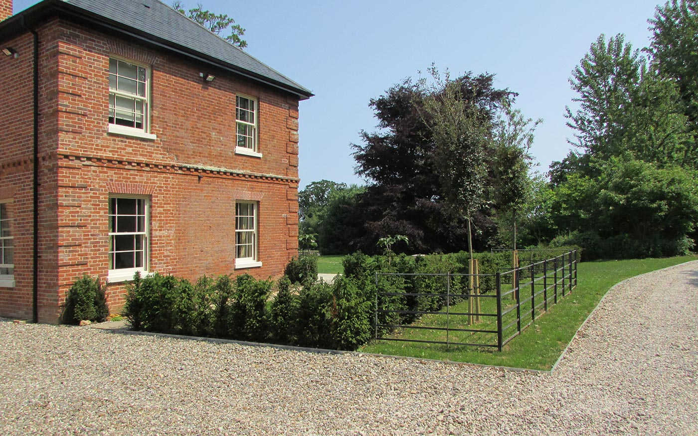 New-garden-for-an-old-rectory-03
